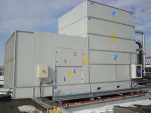 1_HFL Hybridcooler switching cabinet container DSC03716